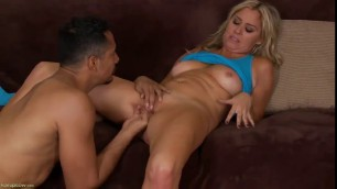 Deep pussy penetration for beautiful mature Sexy Angela
