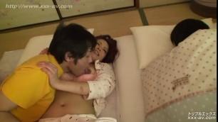 Horny guy fucks Asian beauty Ksenia next to his sleeping GF