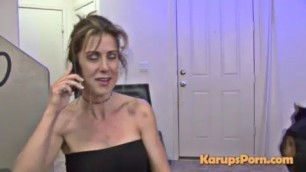 Stunning MILF in jeans gives a blowjob