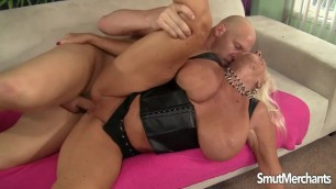 Experienced Blonde Mandi McGraw A Big Cock for Granny