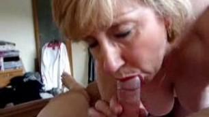 Good looking Blonde Mature Woman blowjob and cumshot