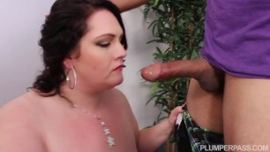 Thick Brunette Woman Cherry Bardot Paid In Pussy