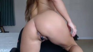 Girl Ryta Flashing Butt On Live Webcam