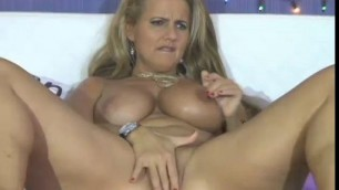 Slut Milf Bang With Dildo Toy Yesporn