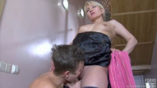 Young man fucked old woman with black dress