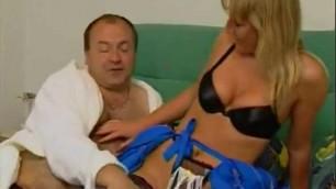 German sexy mature kymberlee daddy bear fucks slutty milf