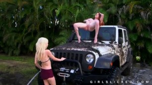 Mature woman and petite teen pussy get nude outdoors
