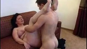 Young man fucks mature hairy pussy babe