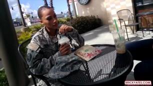Parker Girl soldier fucks in hotel room