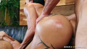 Dazzling Raunchy Brunette Jewels Jade My Two Fuck Boys