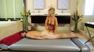 Courtney Taylor Tyler Nixon Lovely Busty Neghboor Massage And Tasty Treat