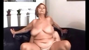 Amateur sex with mature woman big saggy boobs