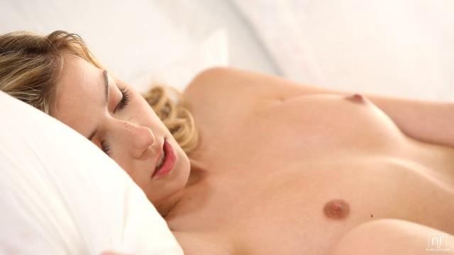 Abigaile Johnson and Ella Milano Threesome Sex Love