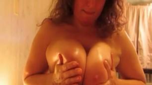 Norwegian mature slut with huge tits give blowjob