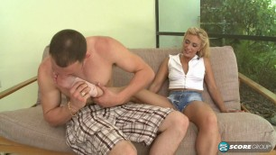 Amazing Blonde Jazella Moore Gardener Loves Gams