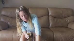 Beautiful teen wants to suck jock and swallow warm sperm