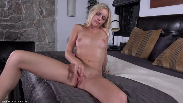E1245 Alex Grey beautiful girl in sexy black lingerie