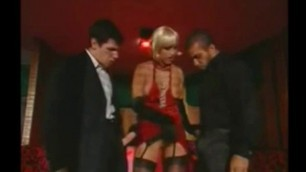 Seductive Sara Tommasi fucks with two men at once
