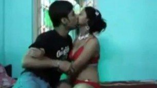Indian teen first time sex Teenage couple are fucked