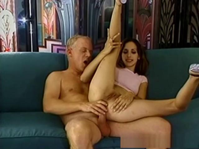 Kinky mature woman tube