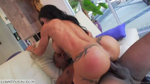 Interracial Orgy With An American Woman Jewels Jade