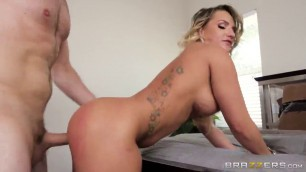 Tattoo Nude Blonde Milf Cali Carter Gets Wreckled Hard cum face blonde