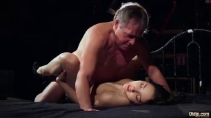 Step Daughter Sucked And Banged Step Dad Ftv Public