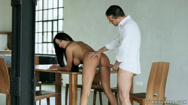 21eroticanal Over The Expectation Anissa Kate Love Big Pussy