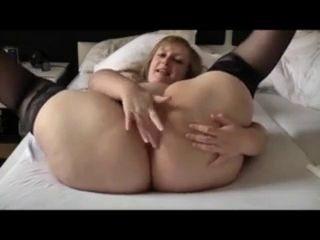 Huge Assed Woman Fingers Herself Yespornplease
