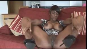 Ebony Milf Masturbates Free Poorn