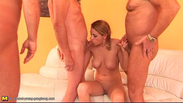 xxx2 us Old And Young GangBang Felicja 18 years old 02 January 2009 Videox