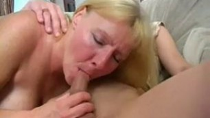 Chubby Milf Sucking Young Cock Videos Xnx