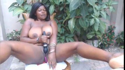 Busty Ebony Milf Was Horny Outdoor Inxporn