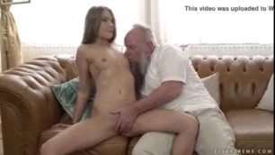 Stunning Babes Pleases Old Man Porndig
