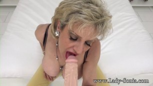 Xxx Mature Amateur Lady Sonia Aunt Is A Cock Sucking Slut