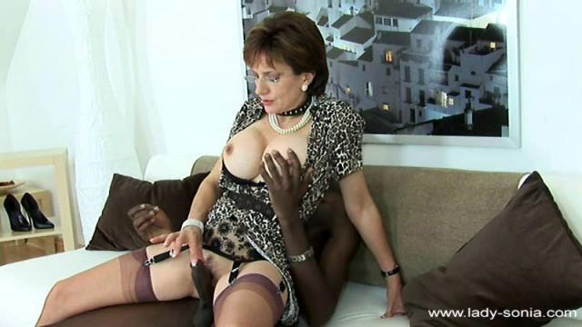 Mature Teacher Porno Lady Sonia Facial Black Stud