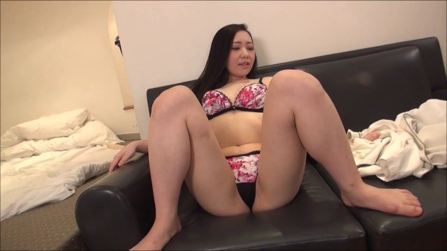 Itsuka 19yo amateur debut porn Vol.A ,Itsuka Momooka