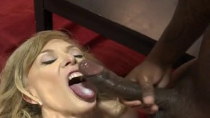 Amazing WHITE BITCHES SWALLOWING BLACK CUM
