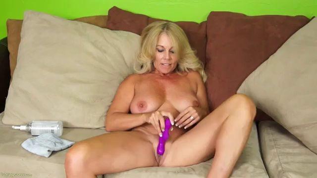 Mature Women Masturbating Porn Xnnx