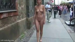 A Nice Naked Walk Outside Free Pprn