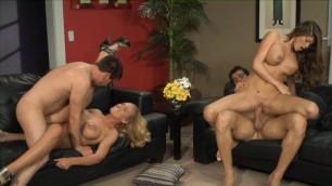 Sucking Pussy Nicole Aniston Swinging