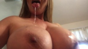 Kianna Dior Starting The New Year Off Right With A FacialandPlaying With Cumstrings Happy New Year Rub In For Good Luck