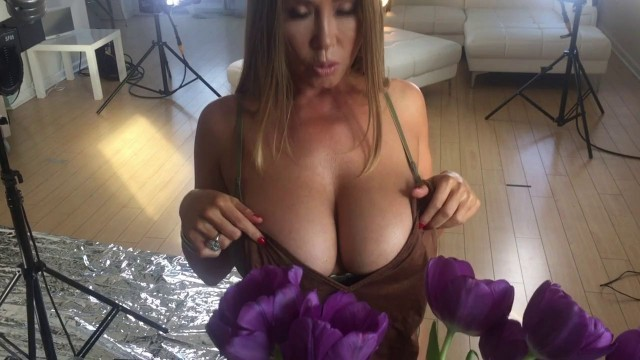 Kianna Dior Exclusive Cute And Hot Bts Video For My Box Cover Shoot; Busty Asian Cumshot Whore 3
