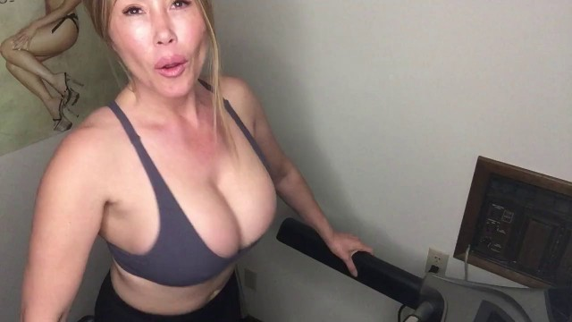 Kianna Dior Keep Me Company Stroke Your Dick While I Workout In My Tiny Bra On My Treadmill Let's Work Out Together