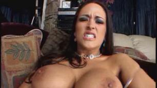 Milf Carmella Bing Rub My Muff 10
