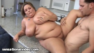 Kendra Grace is a beautiful bbw babe loves to fuck!