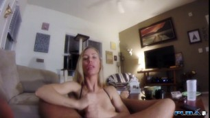 Nicole Aniston Giving A Point Of Veiw Swallow