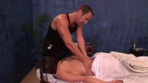 Sweet Teen Kelly Divine Malibu Massage Parlor