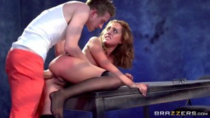Brazzers BrazzersExxtra roxanne rae Crazy fuck a lawyer with the prisoner in the interrogation room video