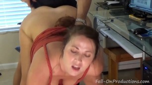 Wife caught the guy for masturbation